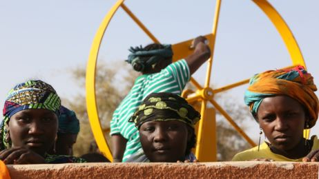 Fondation SUEZ Niger desert well