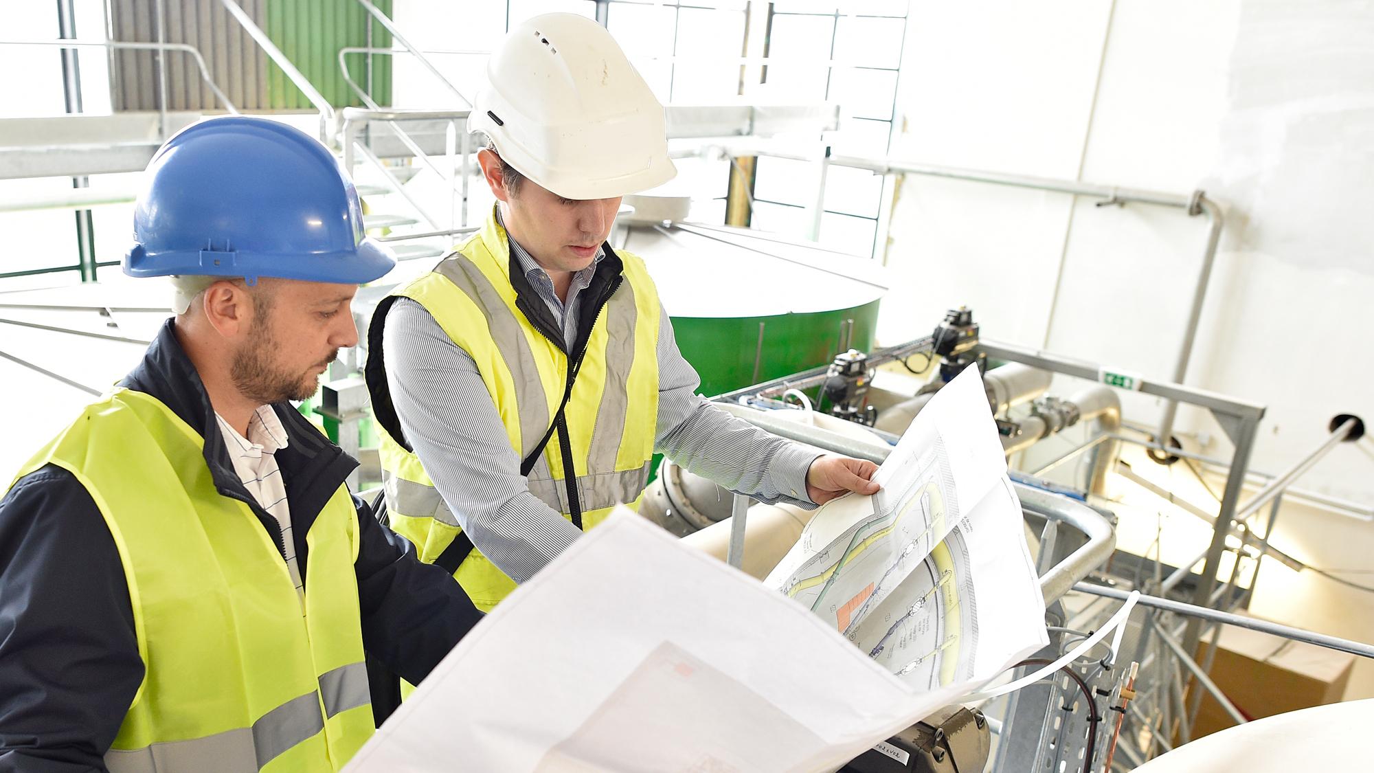 SUEZ businesses waste management contract 2000x1125