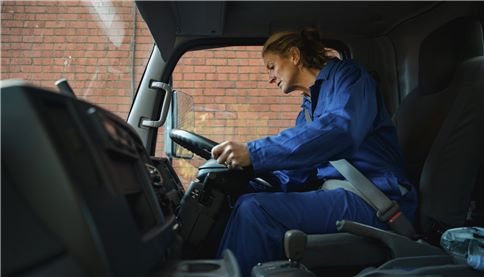 SUEZ woman driver career v