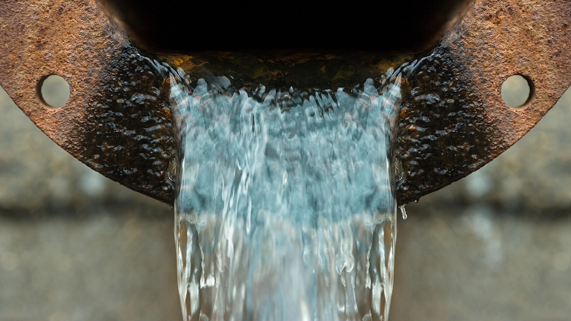 Drain flowing
