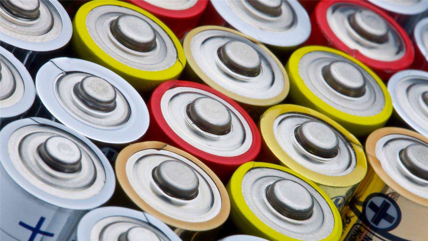 Recycling tips batteries