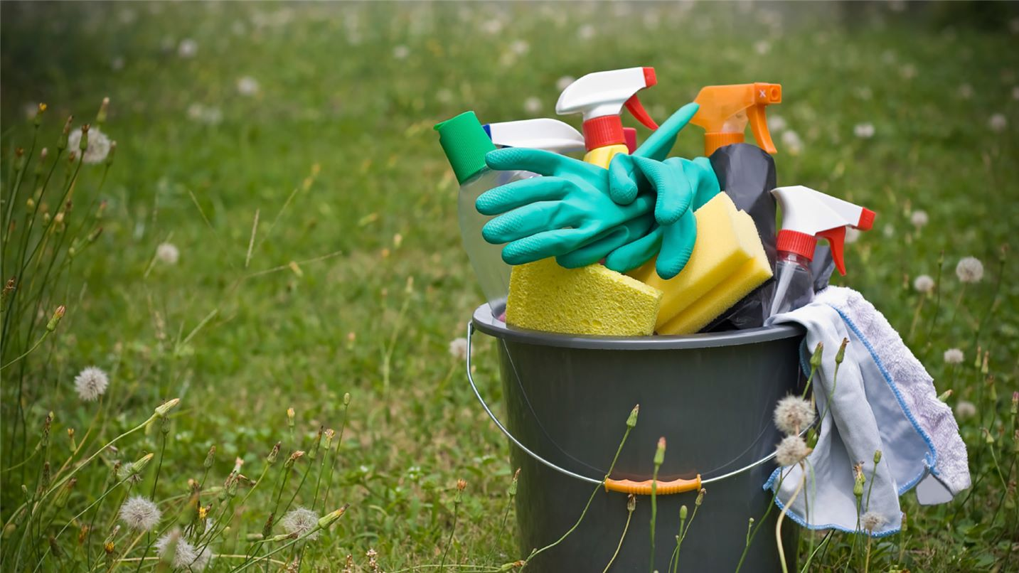 Recycling tips household chemicals