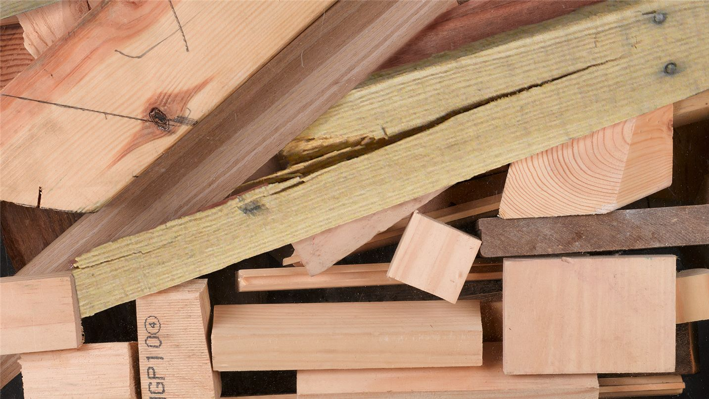 Recycling tips timber