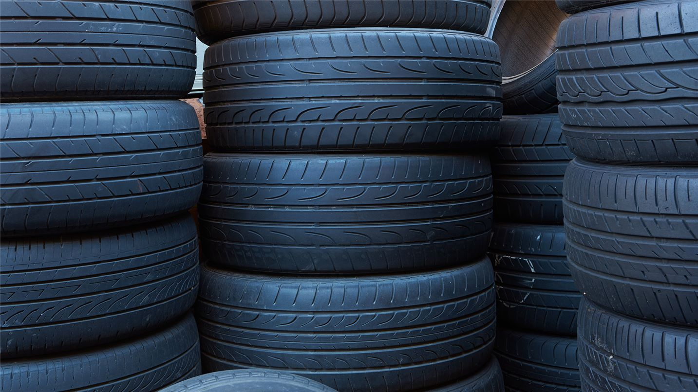 Recycling tips tyres