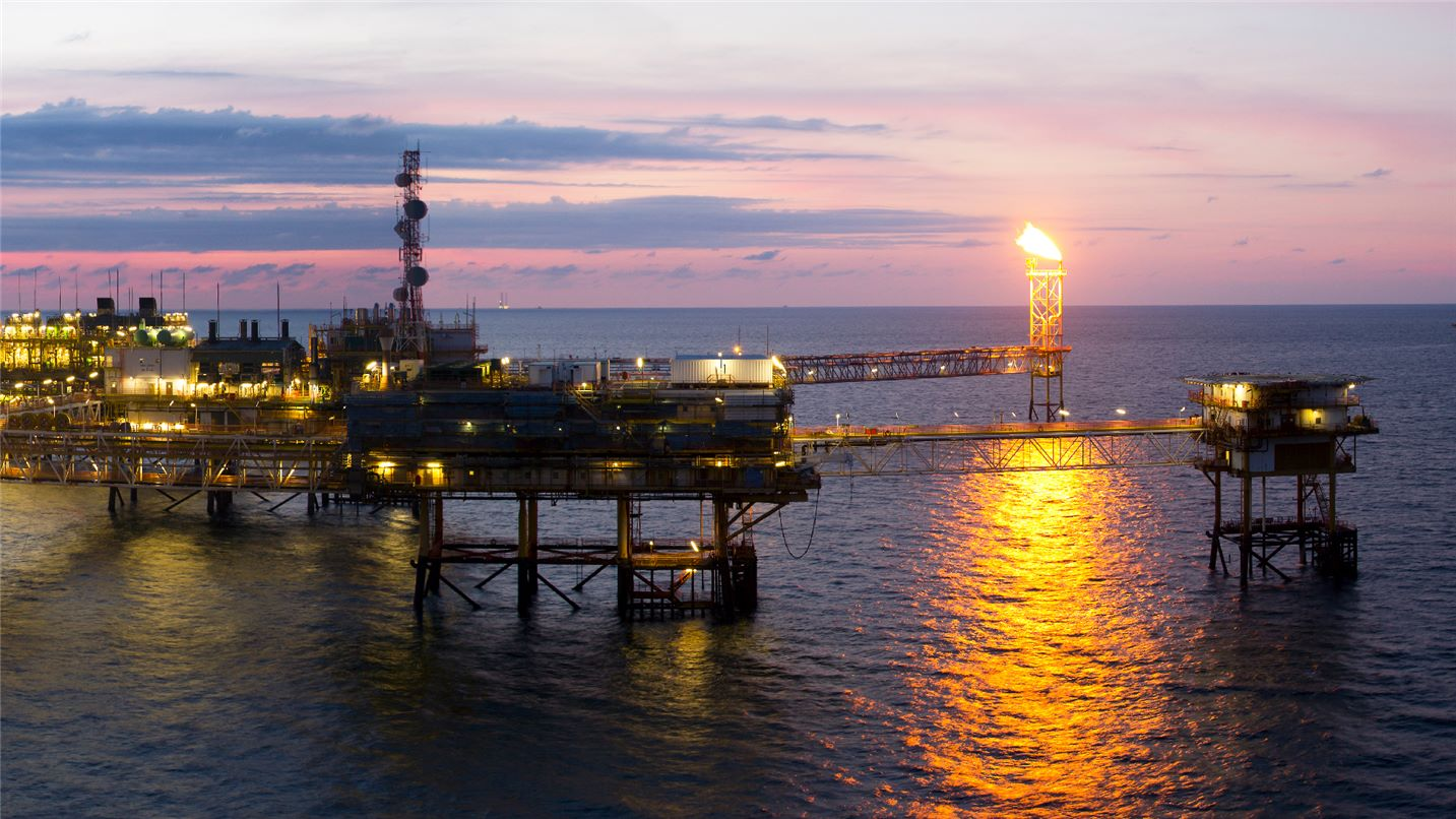 Gas drilling platform out at sea