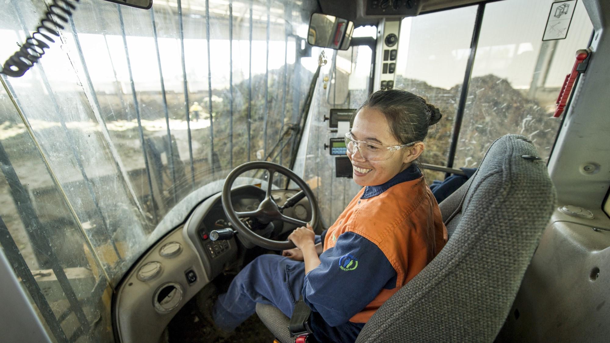 suez header career driver 2 2000x1125