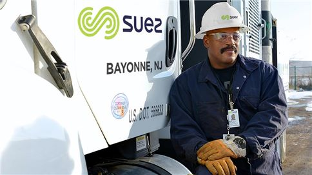 Bayonne SUEZ Employee