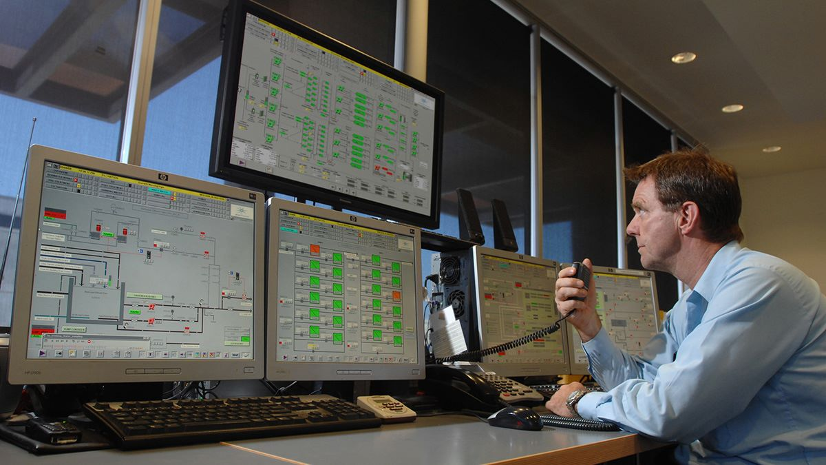 SUEZ perth desalination control room