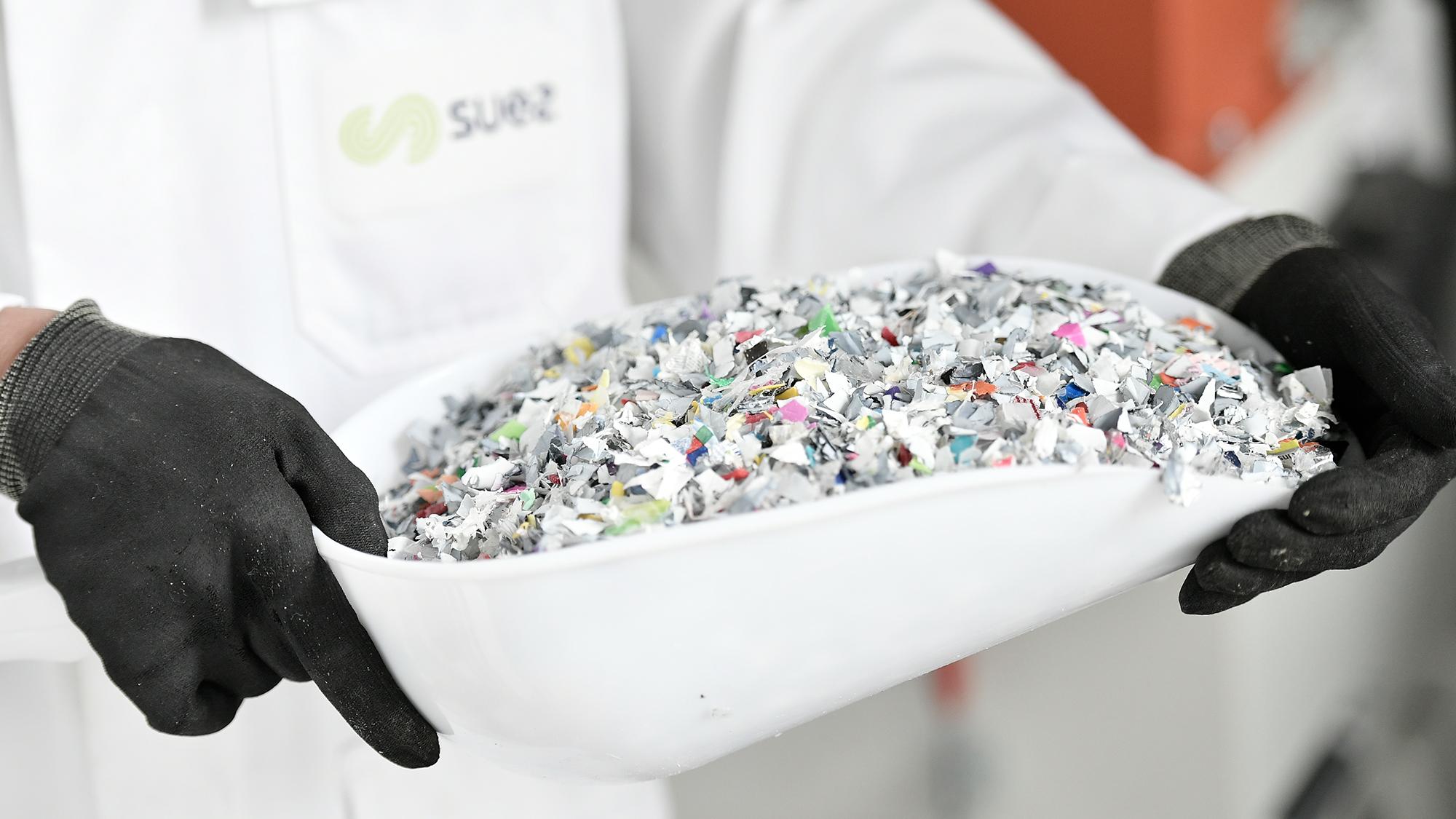 Plastiek recycleren en grondstoffen veilig stellen