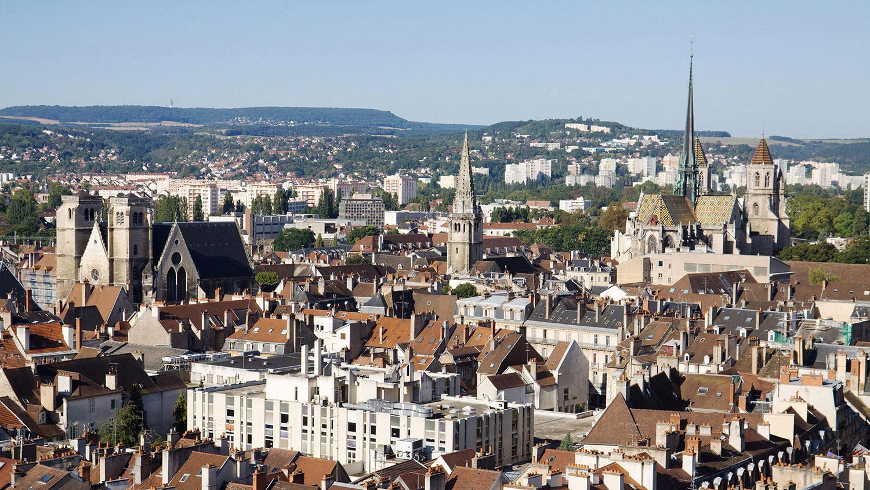 Dijon metropole attribue au groupement bouygues energies services et citelum groupe edf avec suez et capgemini le contrat pour la gestion connectee de lespace public