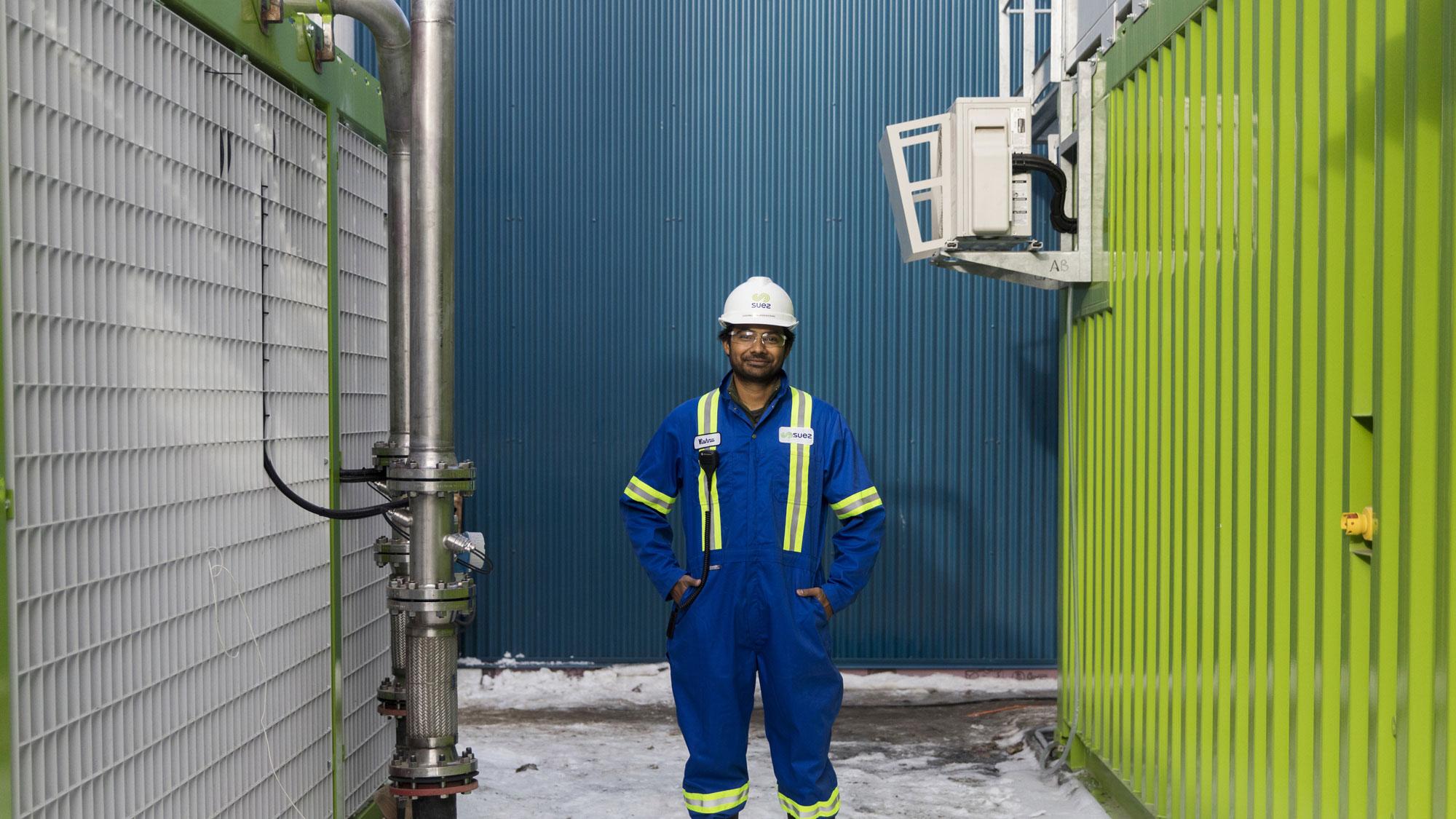 Employee WasteManagementCenter Edmonton Canada SUEZ