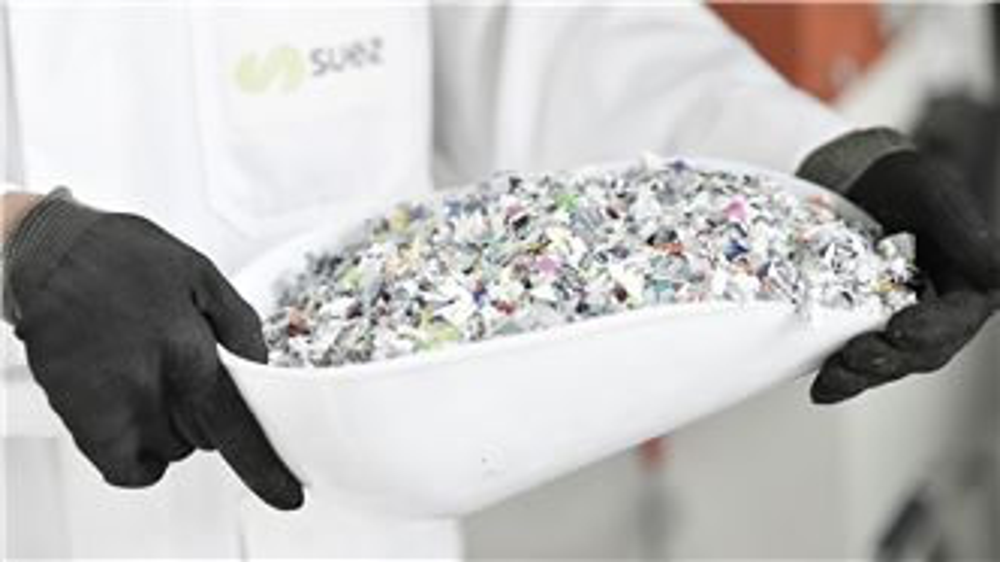 SUEZ laboratory Plast lab recycled plastic