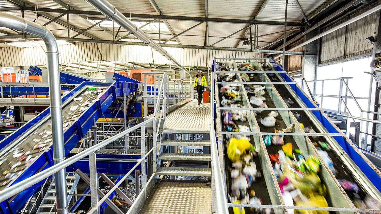 Centre de tri de déchets ménagers
