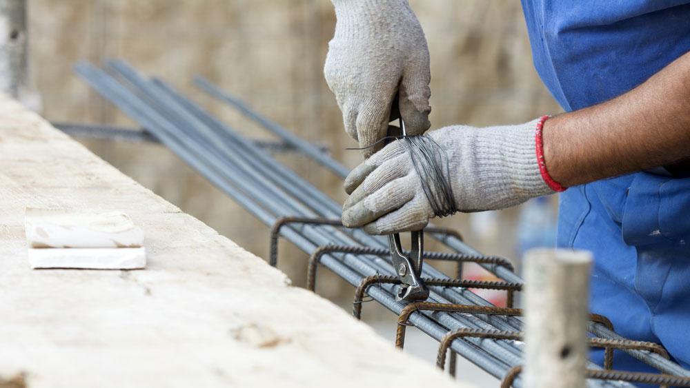 Recovering ferrous metals