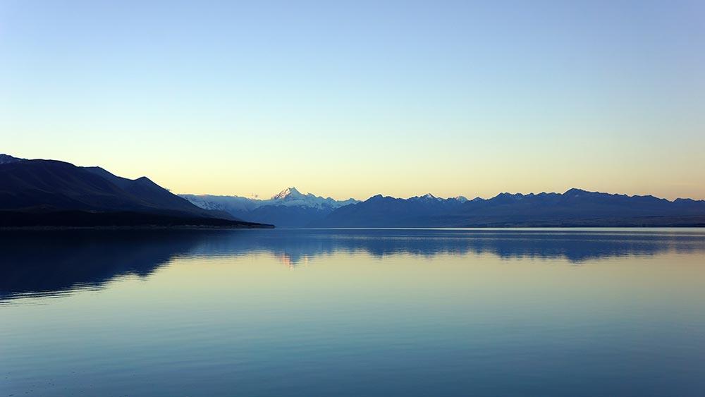 Sea-mountains-horizons