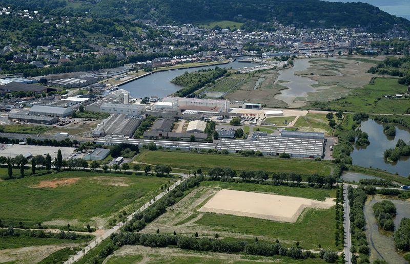 Vue aerienne site Arkema Honfleur France