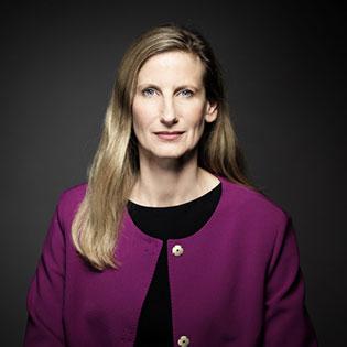 Ines Kolmsee Administrateur indépendant, Membre du Management Board de EWE AG