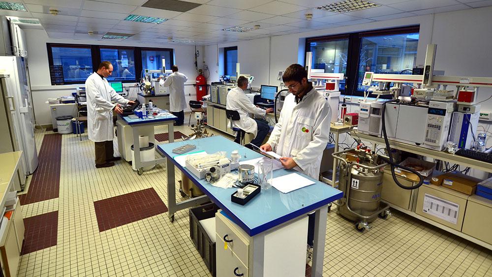新的污染物实验室 - 苏伊兹