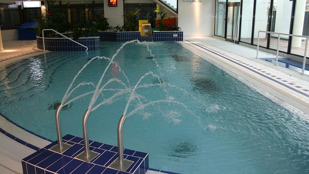 Swimming pool at Levallois-Perret