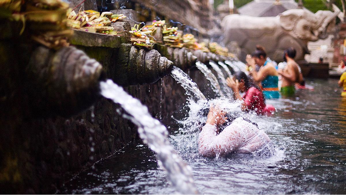 Agir pour un droit a l'eau et a l'assainissement