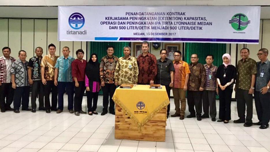 Signature du contrat d'extension de l'usine de production d'eau potable à Medan