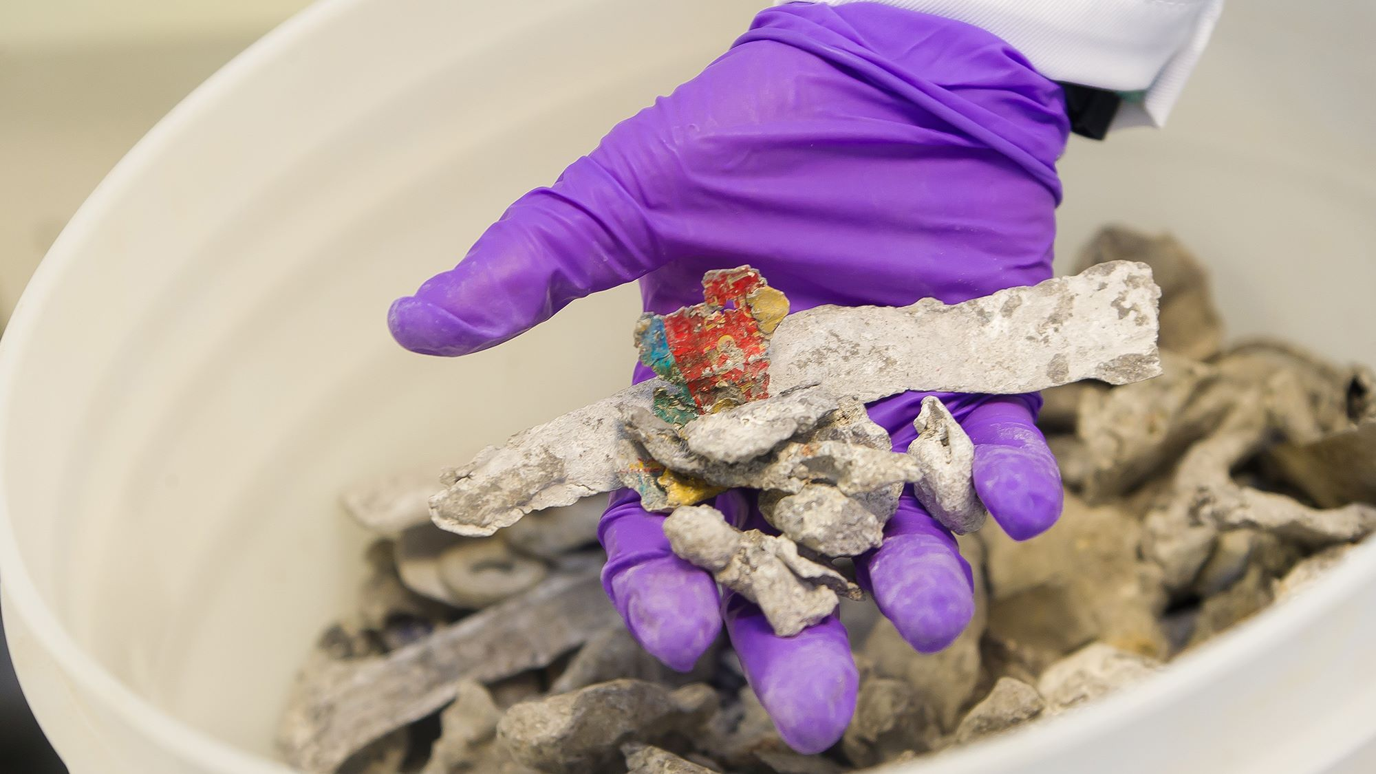 Transforming waste into secondary raw materials