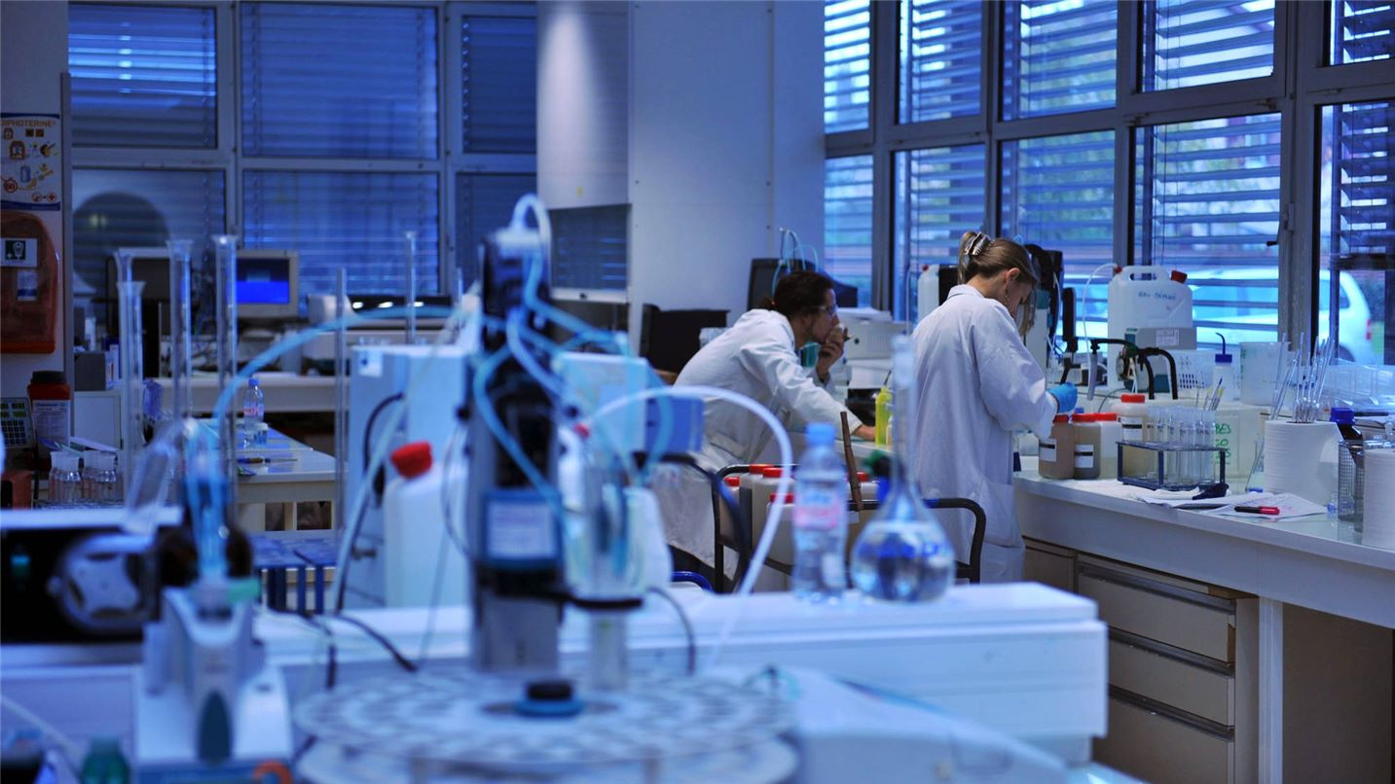 R&D Suez laboratory
