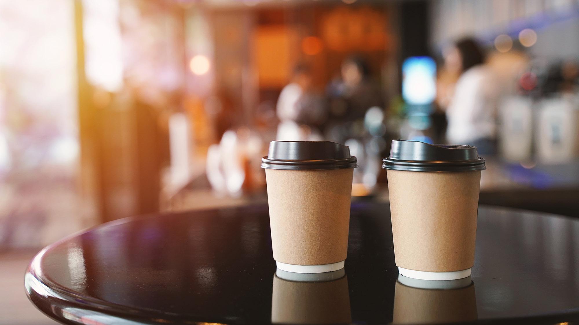 Coffee shop cups 1077720060 UK CW