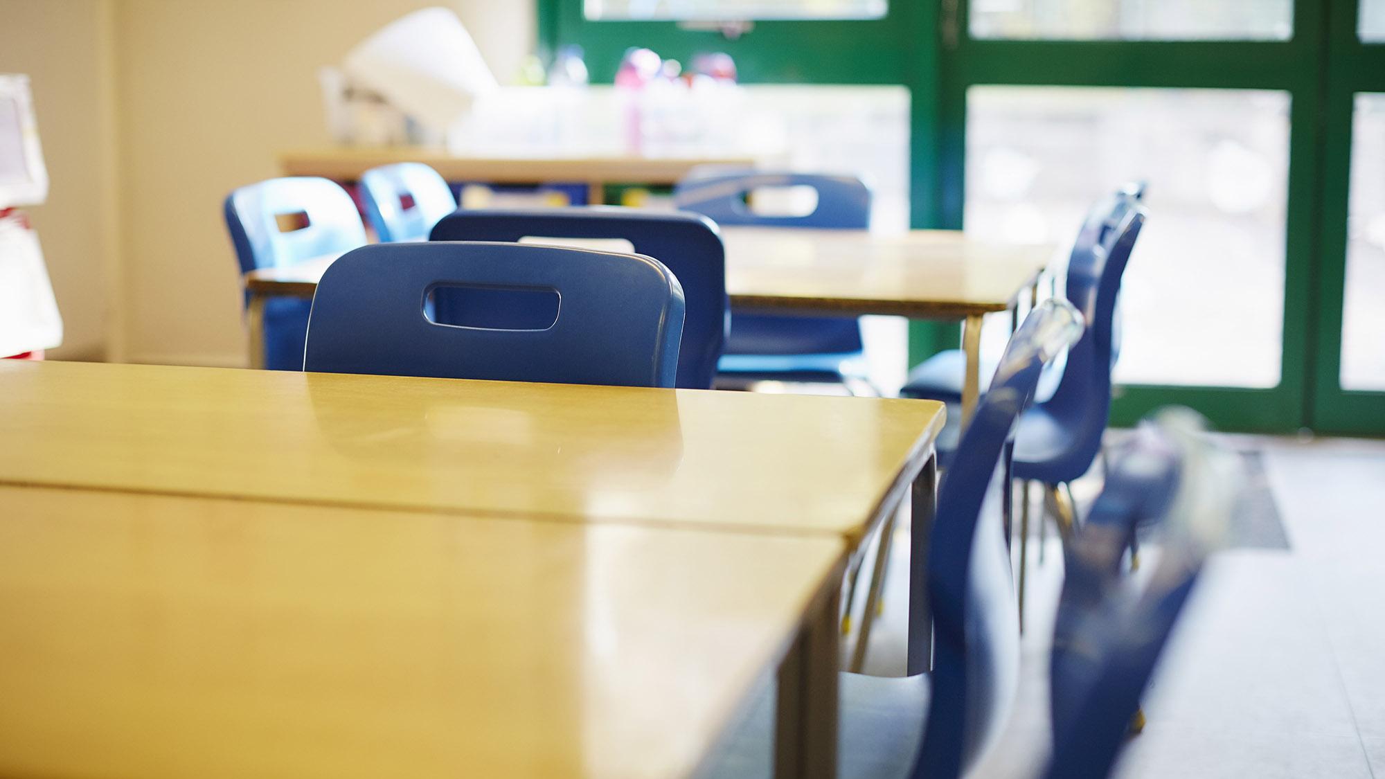 Primary school classroom 1140101108 UK CW